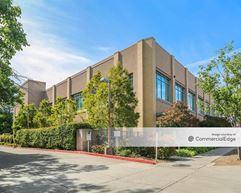 Oak Park Research Building - Sacramento