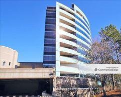 2000 RiverEdge Place - Atlanta