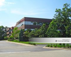 Medinah Woods Corporate Center - Bloomingdale