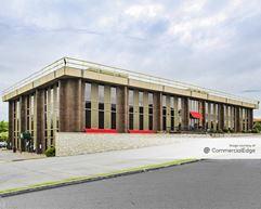 Hurstbourne Office Park - 310 Whittington Pkwy & 9110, 9112, 9114 & 9116 Leesgate Road - Hurstbourne