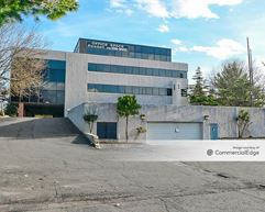 Parkway Corporate Plaza 138 - Kenilworth