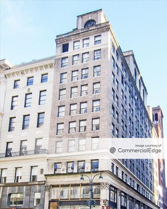 389 Fifth Avenue