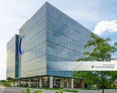 TH!NK Whole Person Healthcare Facility - Omaha