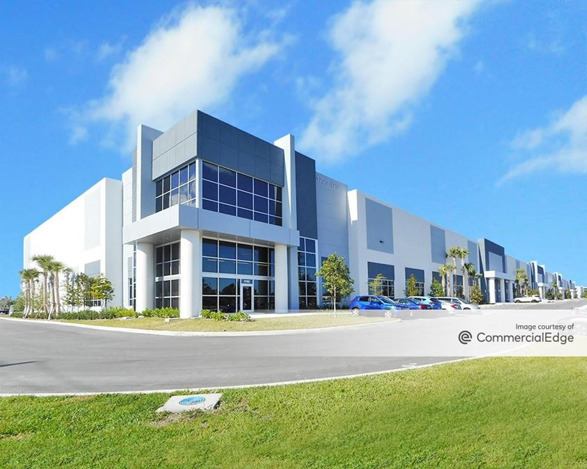 gateway commerce park - building 5 - 1702 nw 215th street
