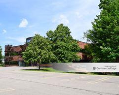 985 West Entrance Drive - Auburn Hills