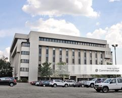 Meadowlands Corporate Center - 1200 Wall Street West - Lyndhurst