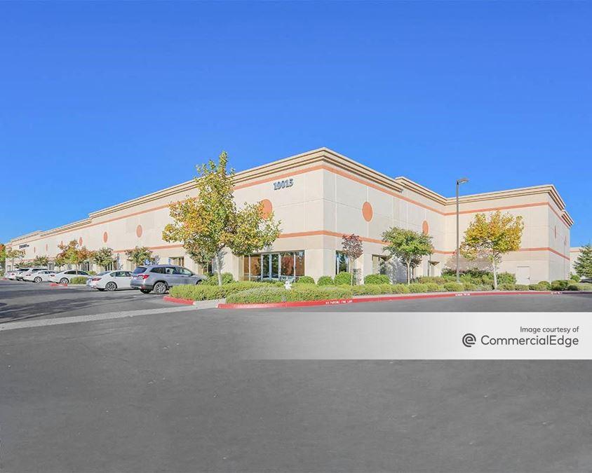Foothills Commerce Center