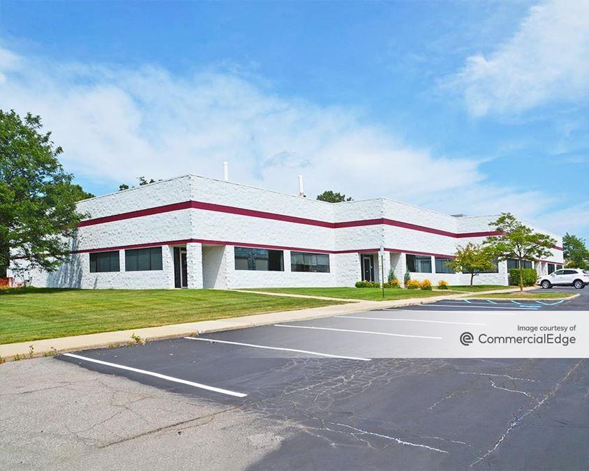 Ann Arbor Commerce Park - 4401 Varsity Drive