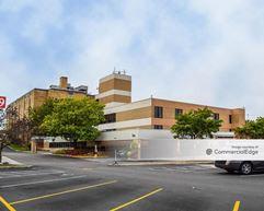 Hammond Clinic - Munster