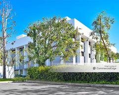 Pinnacle Creative Campus - 5855 Green Valley Circle - Culver City