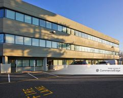 Toms River Corporate Center - Toms River
