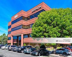 1605 Westbrook Plaza Drive - Winston-Salem