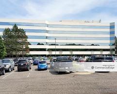 Crystal Glen Office Centre - Novi