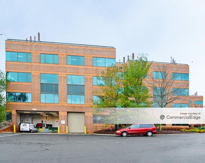 Warren Corporate Center - Building B