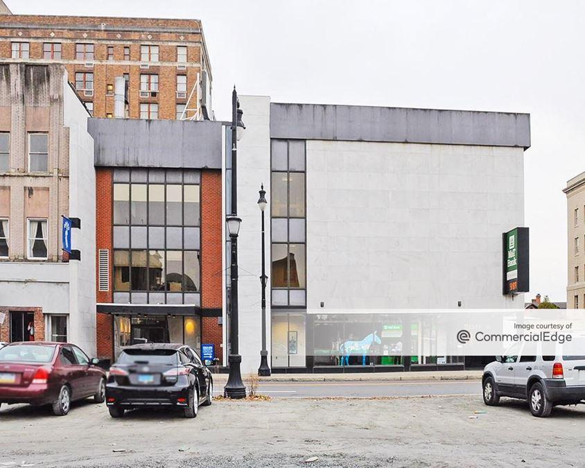 44 West Market Street