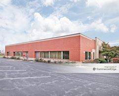 Gateway Corporate Center - 6405 Flank Drive - Harrisburg