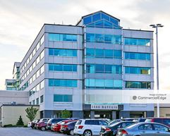 Mayfair Professional Office Building - Wauwatosa