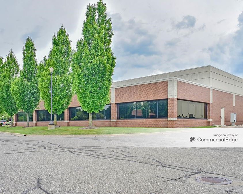 Meadowbrook Corporate Park - 27000 Meadowbrook Road