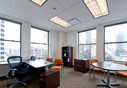 Office Freedom | 909 Seventeenth Avenue SW