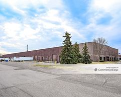 Lakeview Business Campus - 601 & 639 Campus Drive - New Brighton