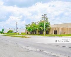 17423 West Jefferson Avenue - Riverview