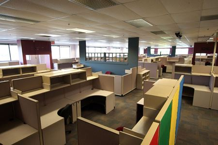 56,000 SF Furnished Call Center - Hanover Industrial Estates Space Photo Gallery 1