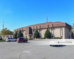 Burlington Executive Plaza - Burlington
