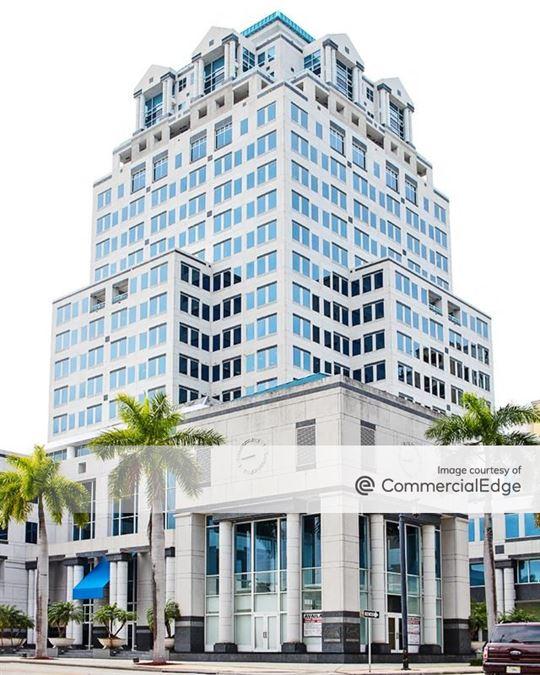 Esperante Corporate Center
