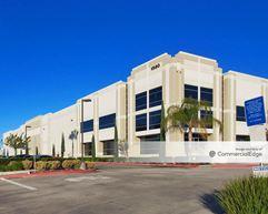 Canyon Commerce Center - 1580 Eastridge Avenue - Riverside