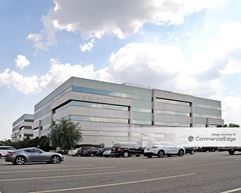 Meadowlands Corporate Center - Lyndhurst