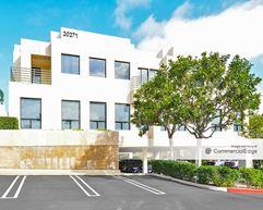Birch Heights - Newport Beach