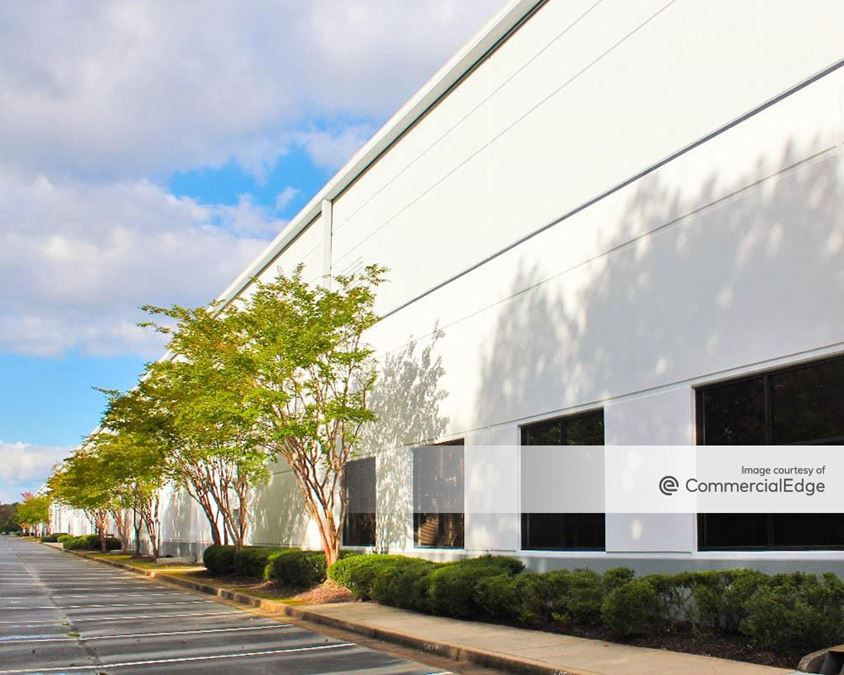 Newpoint Distribution Center - Building 1