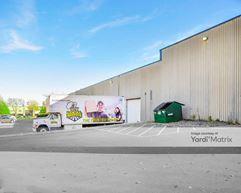 8625 Monticello Ln Building - Maple Grove