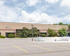 Pine Ridge West Business Park - Buildings 11, 20 & 23 - Lenexa