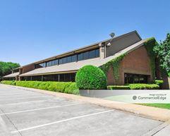 Summerside Office Plaza - Dallas