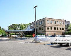 University Hospitals Suburban Health Center - Cleveland