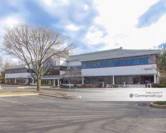 Lincoln Corporate Center - Fairless Hills