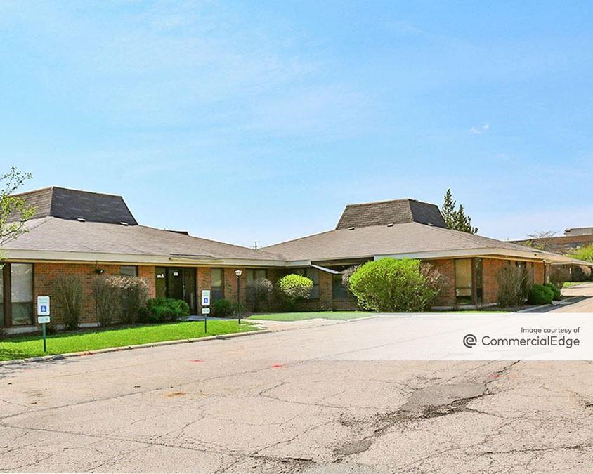 Elgin Oaks Business Center