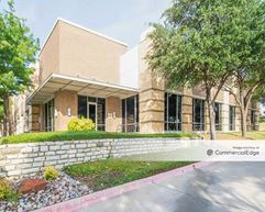 Office Center 121 - Lewisville