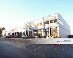 Des Moines Logistics Center - Seatac