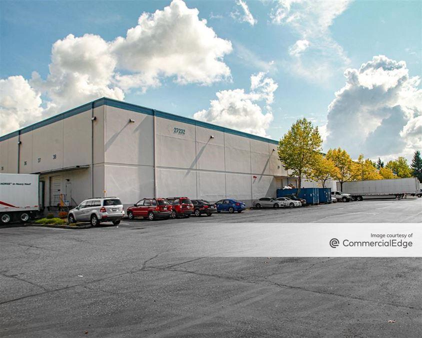 Kent 167 Distribution Center