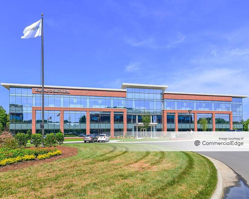 751 Corporate Center