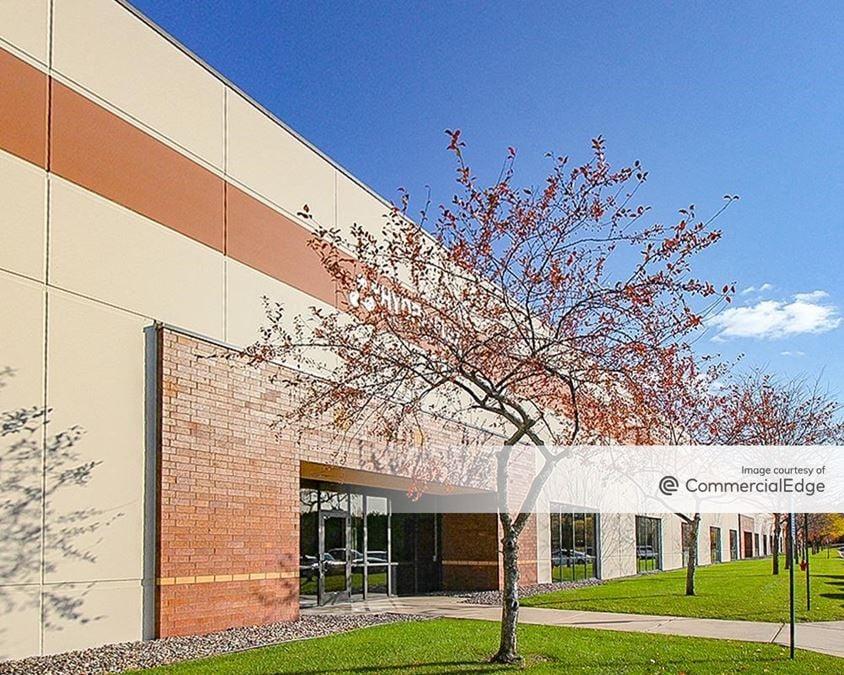 Eagle Creek Commerce Center West