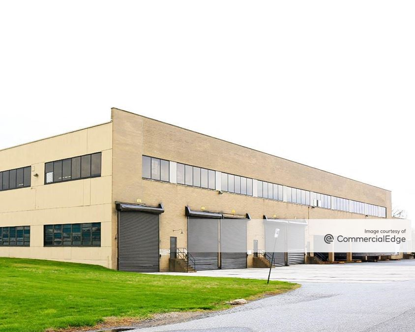 Folcroft East Business Park - Curtis Building