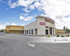Fallbrook Shopping Center - 6433 & 6507 Fallbrook Avenue - West Hills