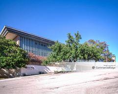 6421 Camp Bowie Blvd - Fort Worth
