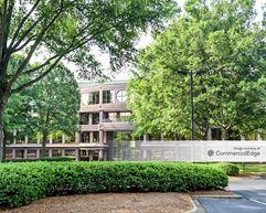 Water Ridge Office Park - Seven Water Ridge - Charlotte