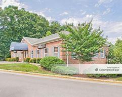 Independent Executive Center - Woodbridge