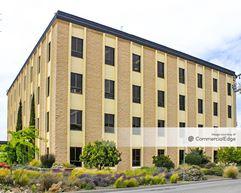 Bayport Plaza - 643 Bair Island Road - Redwood City