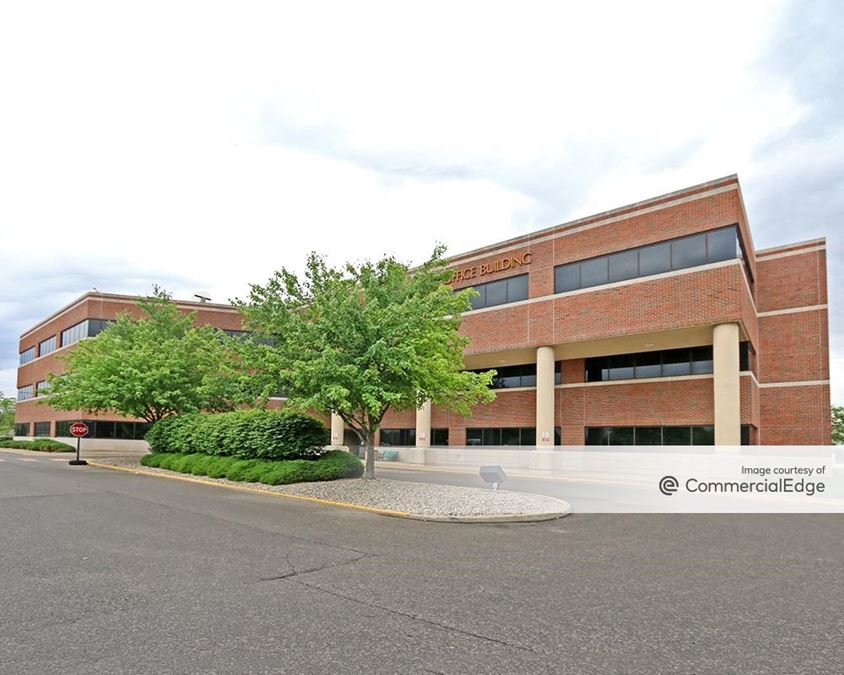 Wilbur S. Roby Building & Holy Cross Medical Arts Building